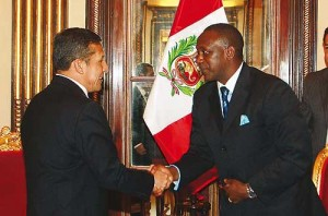 President Humala welcomes DG Yumkella at the Palacio del Gobierno