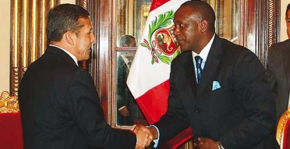 President Humala welcomes DG Yumkella at the Palacio del Gobierno