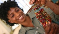 "Fatmata making ""Lappa Necklace"" at Salone Style (photo:Felicity Thompson)"