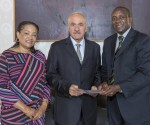Dr.Yumkella  (from the RIGHT), mobilizes USD 500,000 for Sierra Leone