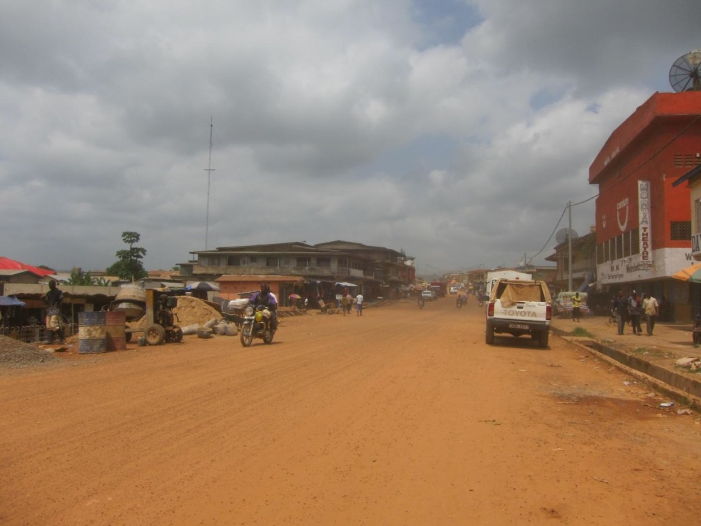 Koidu's main street. Diamond mining has brought very little infrastructure development to this grim town